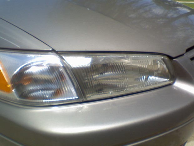 Headlight after cleaning with toothpaste
