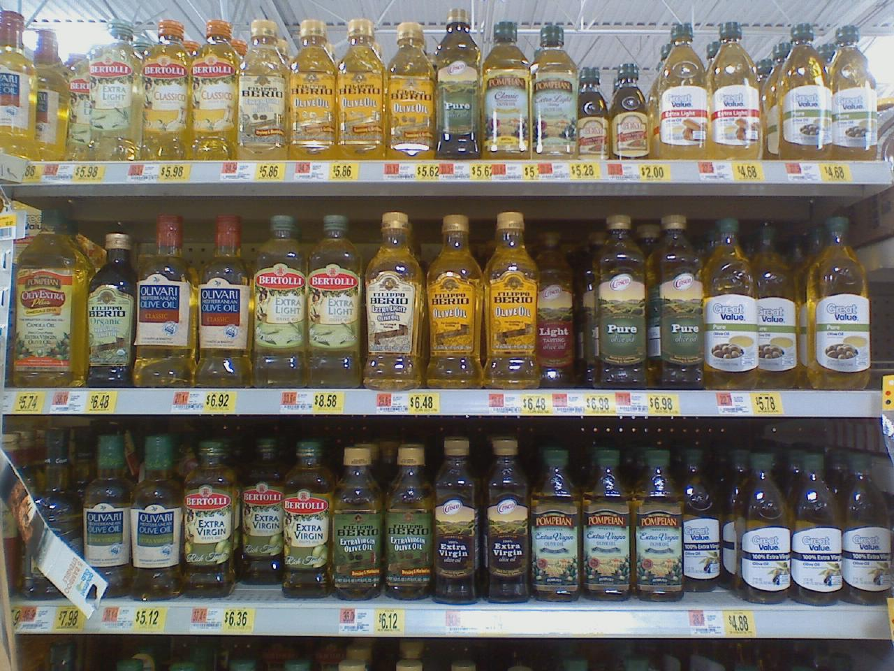 Olive OIl bottles on a store shelf